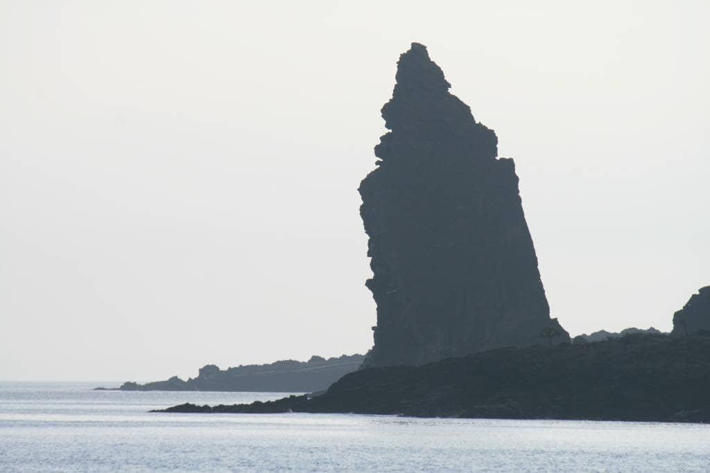 Wahrzeichen und Sehenswürdigkeit der Galapagos-Inseln ist der Pinnacle Rock auf der Galapagos-Insel Bartolomé
