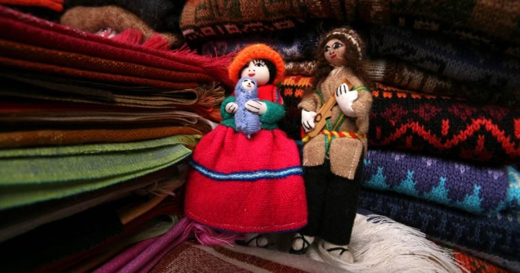 Galapagos PRO Ecuador Reisen Handarbeit Tolle Produkte auf den Handwerksmärkten
