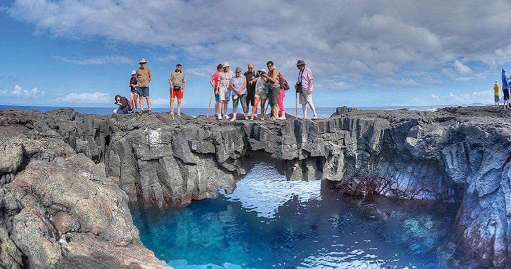 Die Highlights der Galapagos-Insel Floreana während einer während einer Ecuador-Galapagos-Gruppenreise entdecken. Erleben Sie die perfekten Tauch- und Schnorchelausflüge