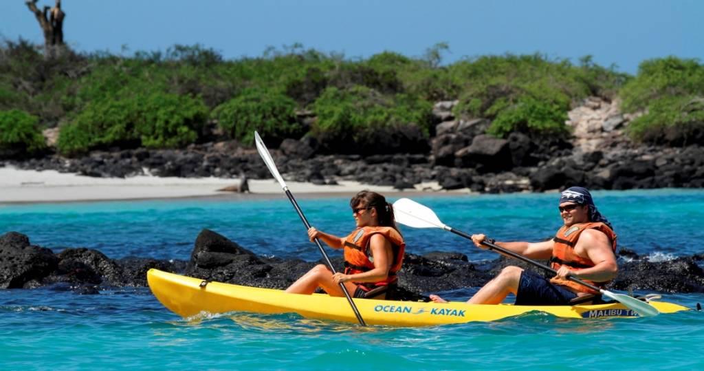 Kajakausflug vor der Galapagos-Insel Plaza Sur
