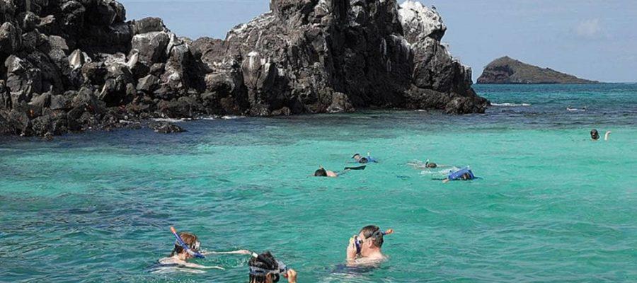 Die Galapagos-Insel Floreana bietet das ideale Schnorchelgebiet
