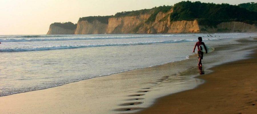 Der Surfer-Hotspot Montañita - Ecuador-Reisen – Küste und Traumstrände entdecken