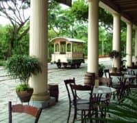 Guayaquil bietet eine besondere Architektur, an der sich das koloniale Erbe Ecuadors erkennen lässt.