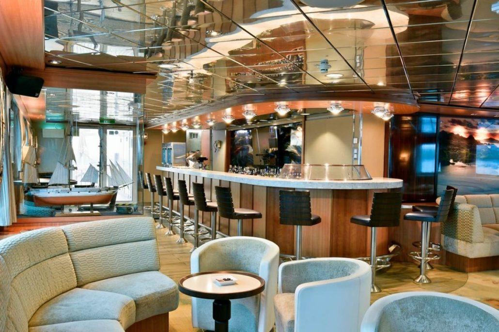 Galapagos cruise Celebrity Xpedition Bar