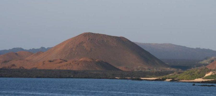 Galapagos PRO Trockenlandung am Lavafeld von Galapagos-Insel Santiago