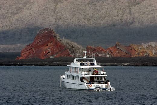 Galapagos PRO Coral I cruising