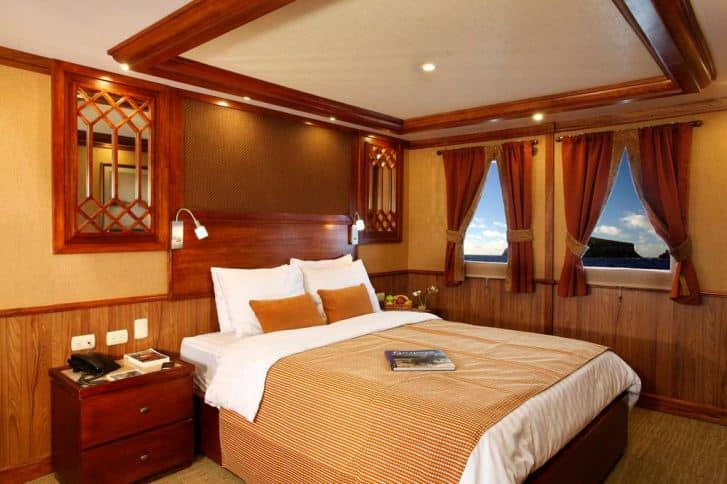 Galapagos PRO Grace suite albert deck