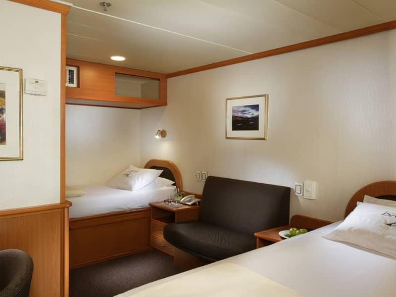 Galapagos cruise Isabela II Cabin