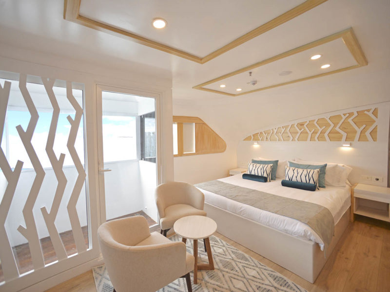 Galapagos cruise Seastar Journey Suite