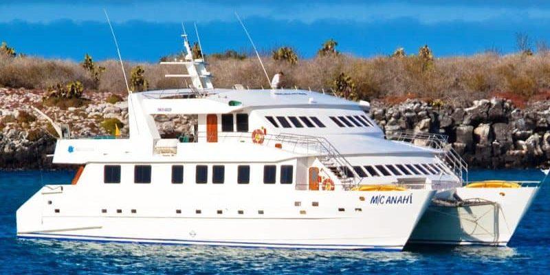 Galapagos-PRO-Luxuskatamaran-Anahí-Kreuzfahrt