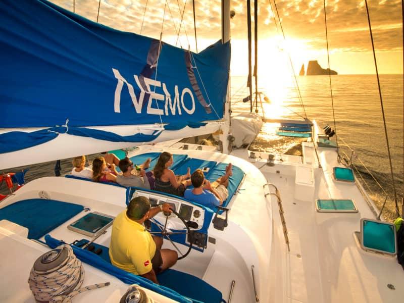 """Mit der """"Nemo I"""" in den Sonnenuntergang segeln"""
