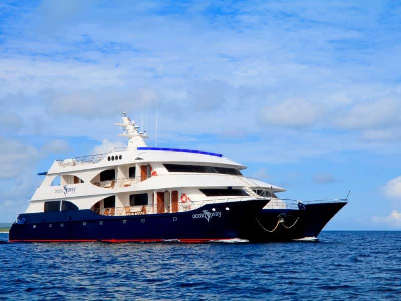 Galapagos PRO Ocean Spray ship