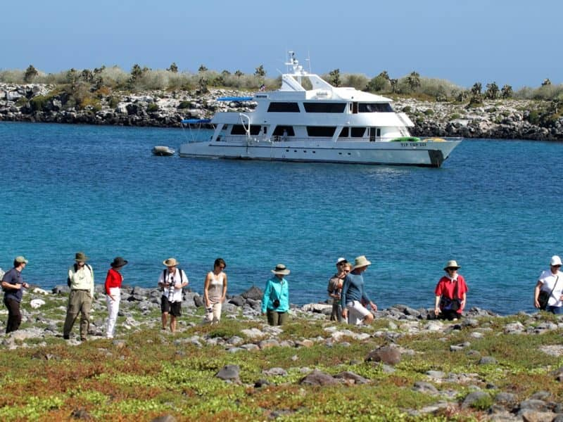 Galapagos Pro Tip Top IV ashore