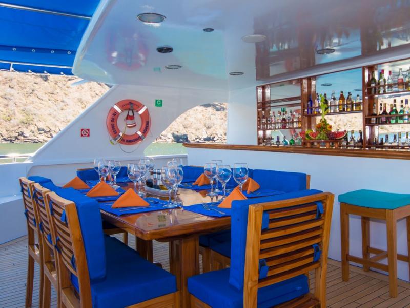 Galapagos cruise Ocean Spray Al fresco