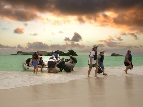 Das Hotelschiff bringt sie bequem an die schönsten Orte - Kreuzfahrten Galapagos-Inseln