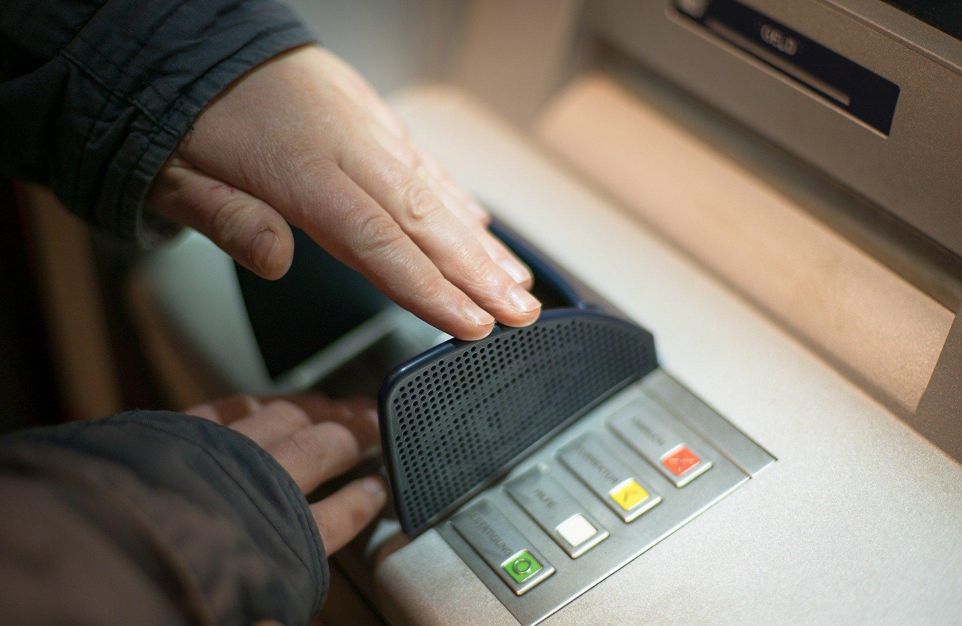 Risiken am Geldautomat - Shopping- und Einkaufsmöglichkeiten in Ecuador und auf den Galapagos-Inseln