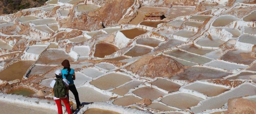 Die Salzterassen in Maras - Top 10 Sehenswürdigkeiten im Hochland Perus