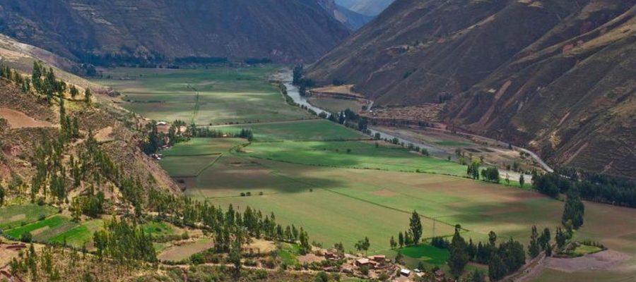 Wundervolle Landschaft im Heiligen Tal - Top 10 Sehenswürdigkeiten im Hochland Perus