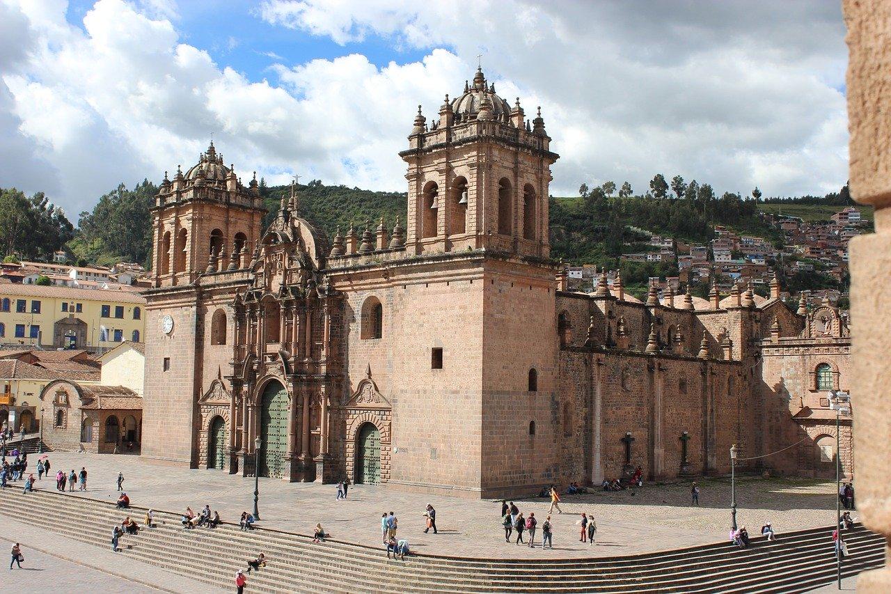 Die Kathedrale von Cusco - Top 10 Sehenswürdigkeiten im Hochland Perus