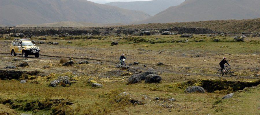 Die wunderschöne Landschaft mit dem Mietwagen entdecken - Ecuador-Reisen mit dem Mietwagen