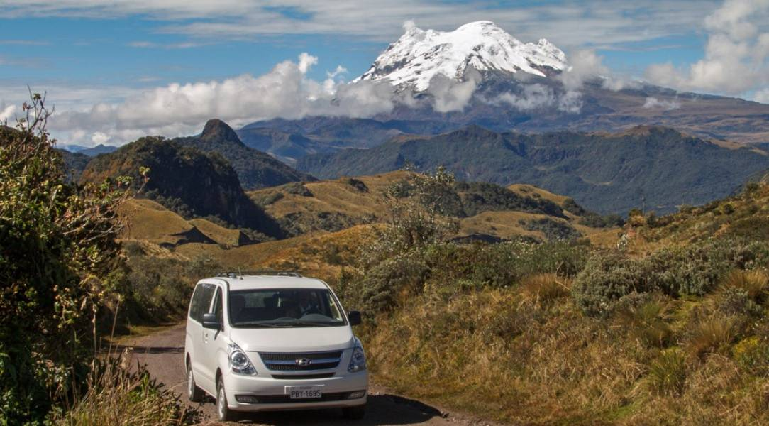 Fantastische Ausblicke während der Fahrt - Ecuador-Reisen mit dem Mietwagen