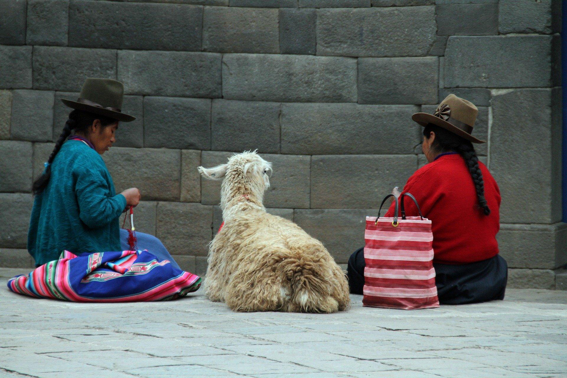 Typisches Bild in den Anden - Sprache und Kultur in Peru