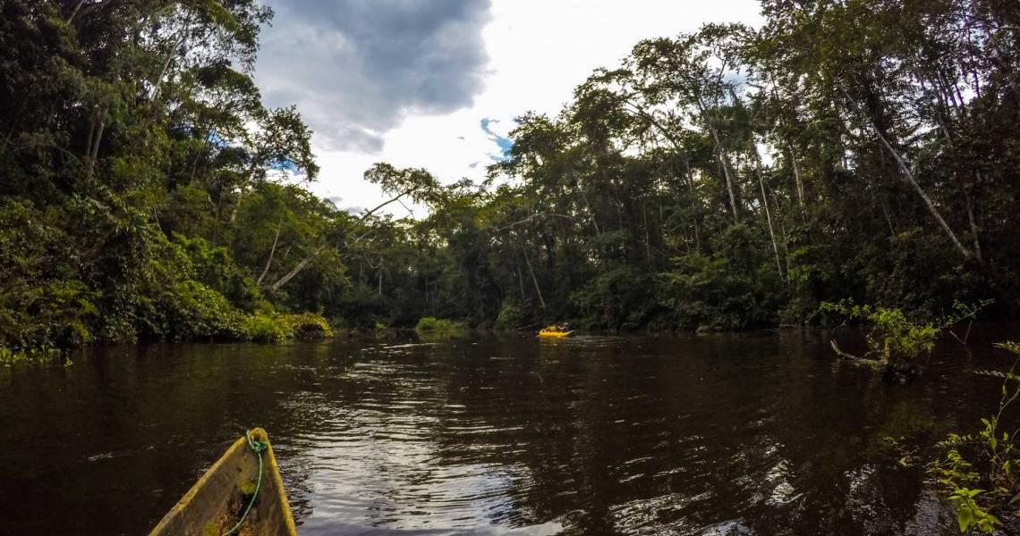 Viele Flusswege führen durch den Amazonas - Ecuador-Reise-Erlebnis Shuar-Gemeinschaft