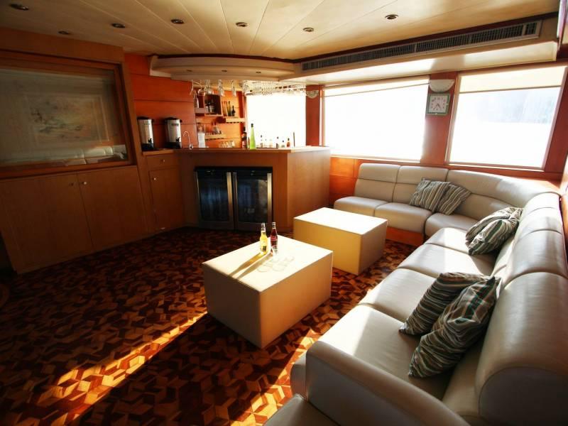 Galapagos-Kreuzfahrt - Millenium Lounge
