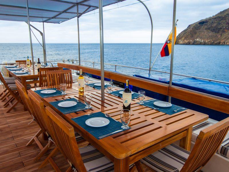 Galapagos-Kreuzfahrt Archipell I Außenrestaurant
