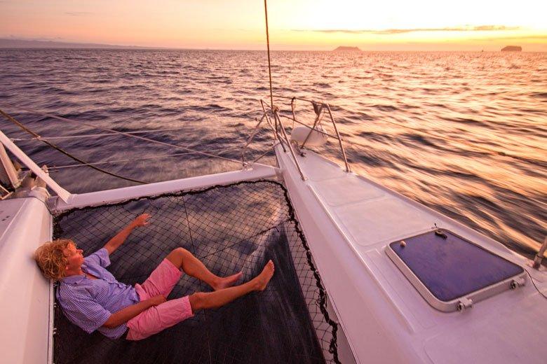 Galapagos-Kreuzfahrt Lonesome George - den Sonnenuntergang genießen