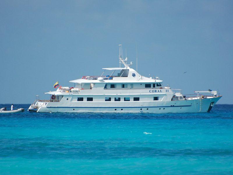Galapagos-Kreuzfahrt - Mit der Coral II in die blauen Gewässer des einzigartigen Archipels