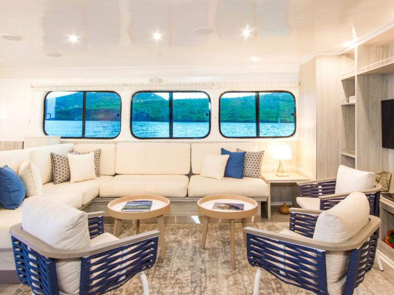 Galapagos PRO Solaris Lounge