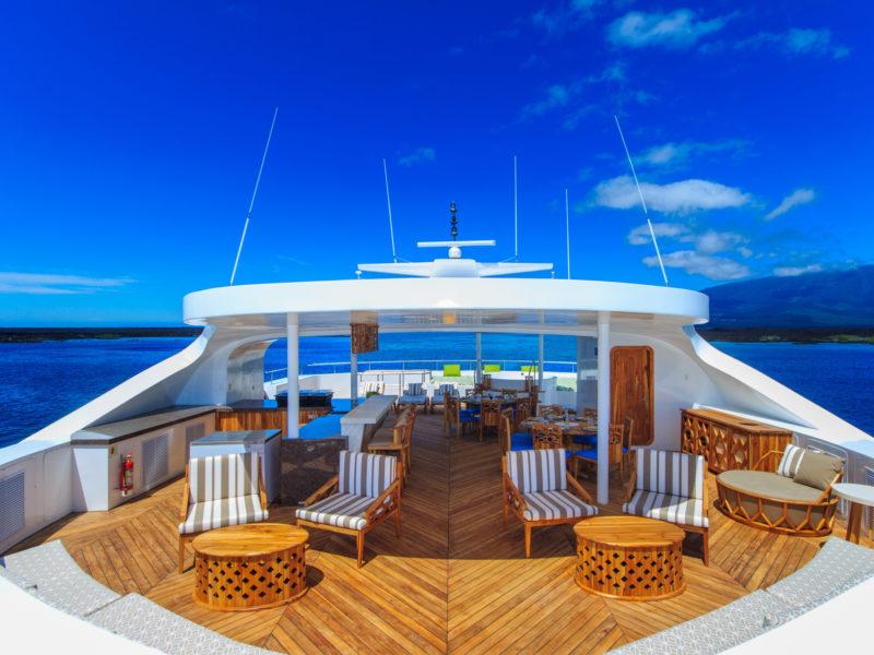 Das Sonnendeck der Elite jetzt bei Galapagos Pro die Galapagos-Kreuzfahrt Elite